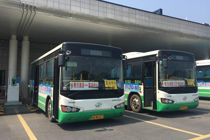 新安江长运充电中的海格新能源客车