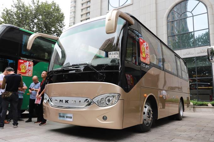 安凯全新一代7.8米后置客车——A5